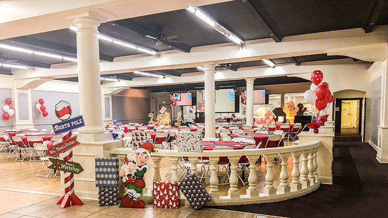 Reception-Area-Decorated-holiday
