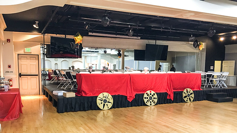 Stage-Decorated-as-head-table