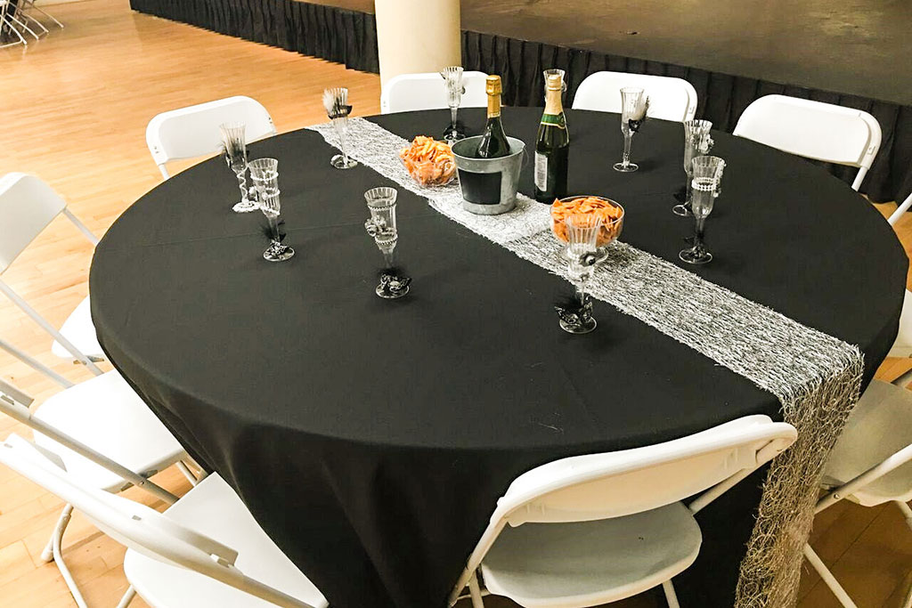 black-and-silver-centerpieces
